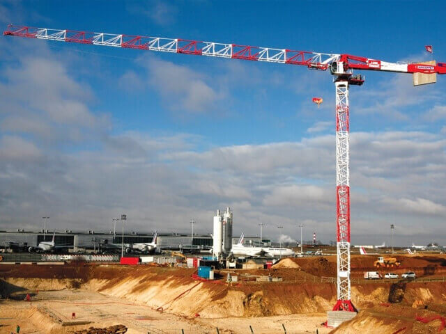Potain Top-Slewing Towercrane